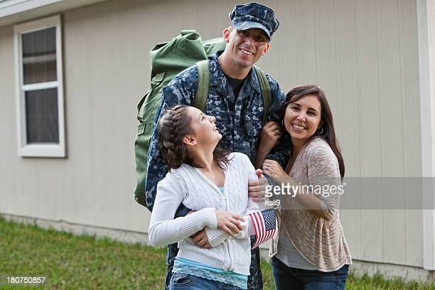 Nous service homme avec famille