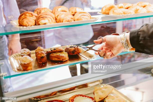 serving croissants - baked pastry item stock pictures, royalty-free photos & images
