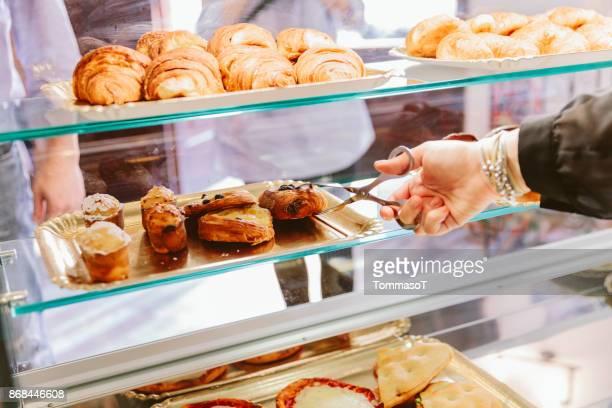 Serving croissants