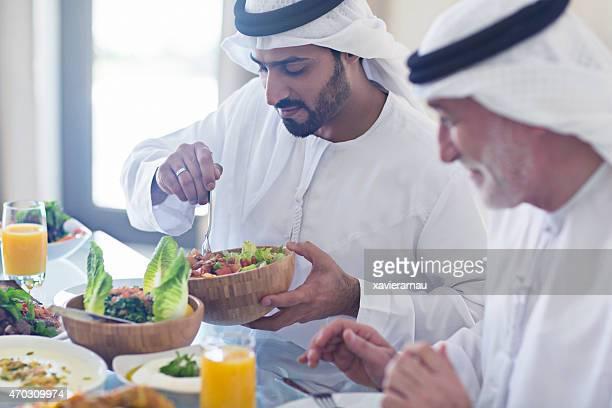 Servir o almoço