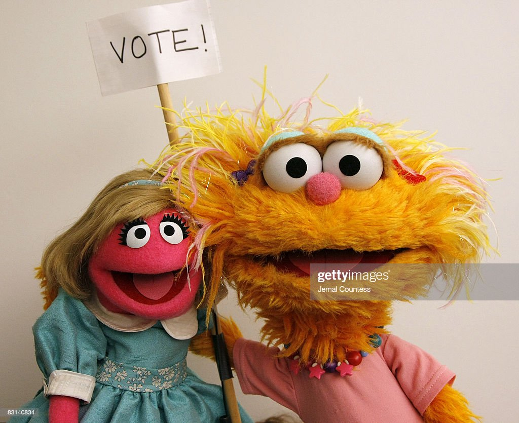 Sesame Street Characters Prairie Dawn And Zoe Attend A
