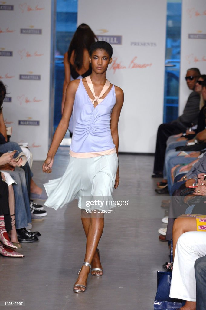 Sessilee Lopez wearing Stephen Burrows Spring 2006