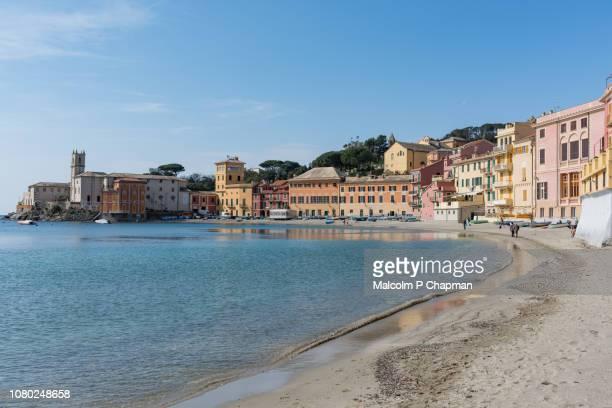 sestri levante, baia del silenzio (bay of silence), liguria, italian riviera, italy - liguria foto e immagini stock