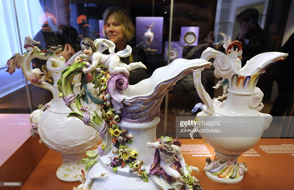 A Set Of Four Ornate Meissen Vases Repre Pictures Getty Images