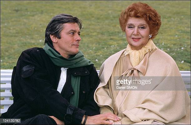 Set of the minie serie 'Cinema' with Alain Delon in France in March 1988 with Edwige Feuillere
