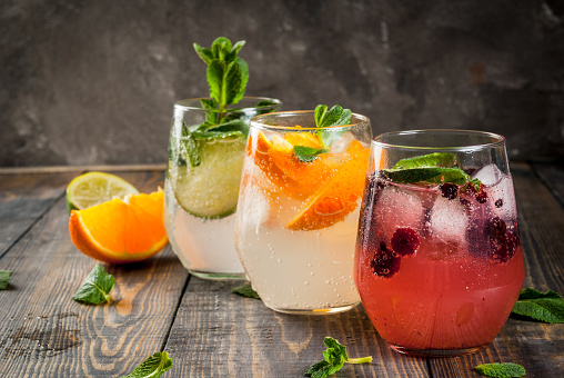 Set of three kinds of gin tonic 668030702
