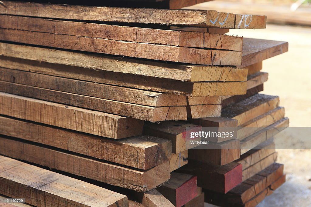Conjunto de Madeira de pinheiro Edifício de madeira para construção : Foto de stock