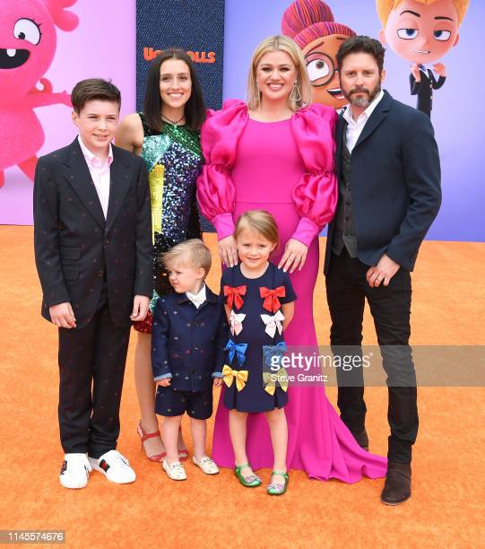Seth Blackstock Remington Alexander Blackstock Savannah Blackstock Kelly Clarkson River Rose Blackstock and Brandon Blackstock arrives at the STX...