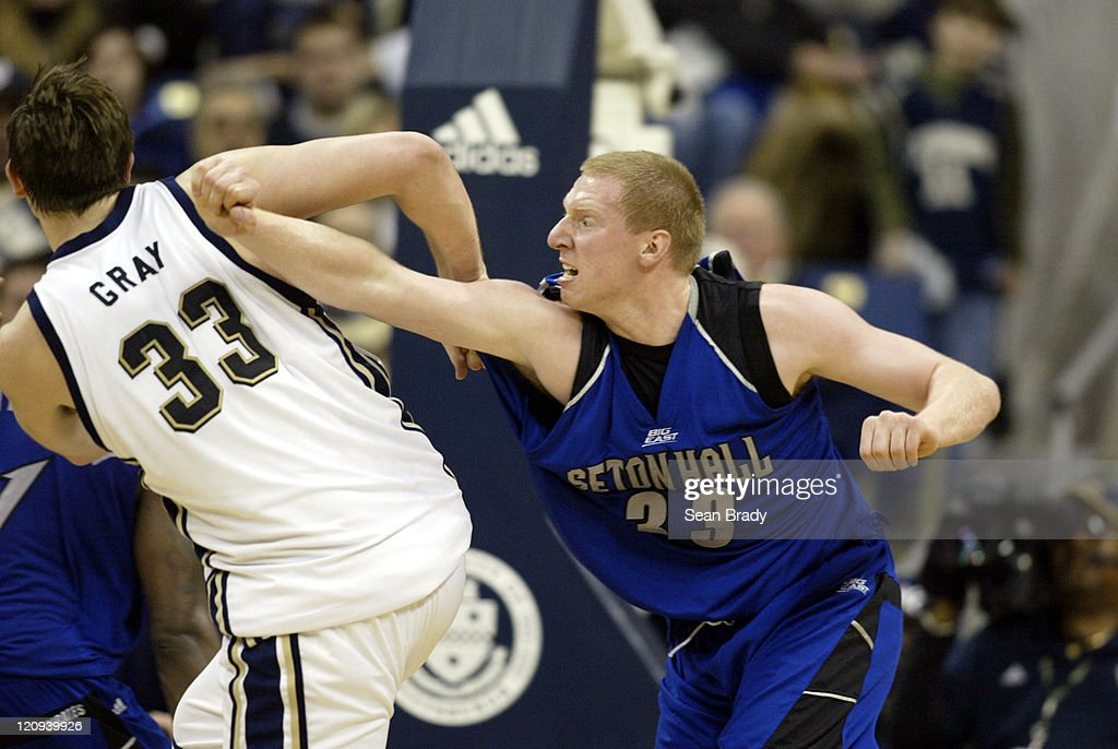 NCAA Men's Basketball - Seton Hall vs Pittsburgh - March 3, 2006