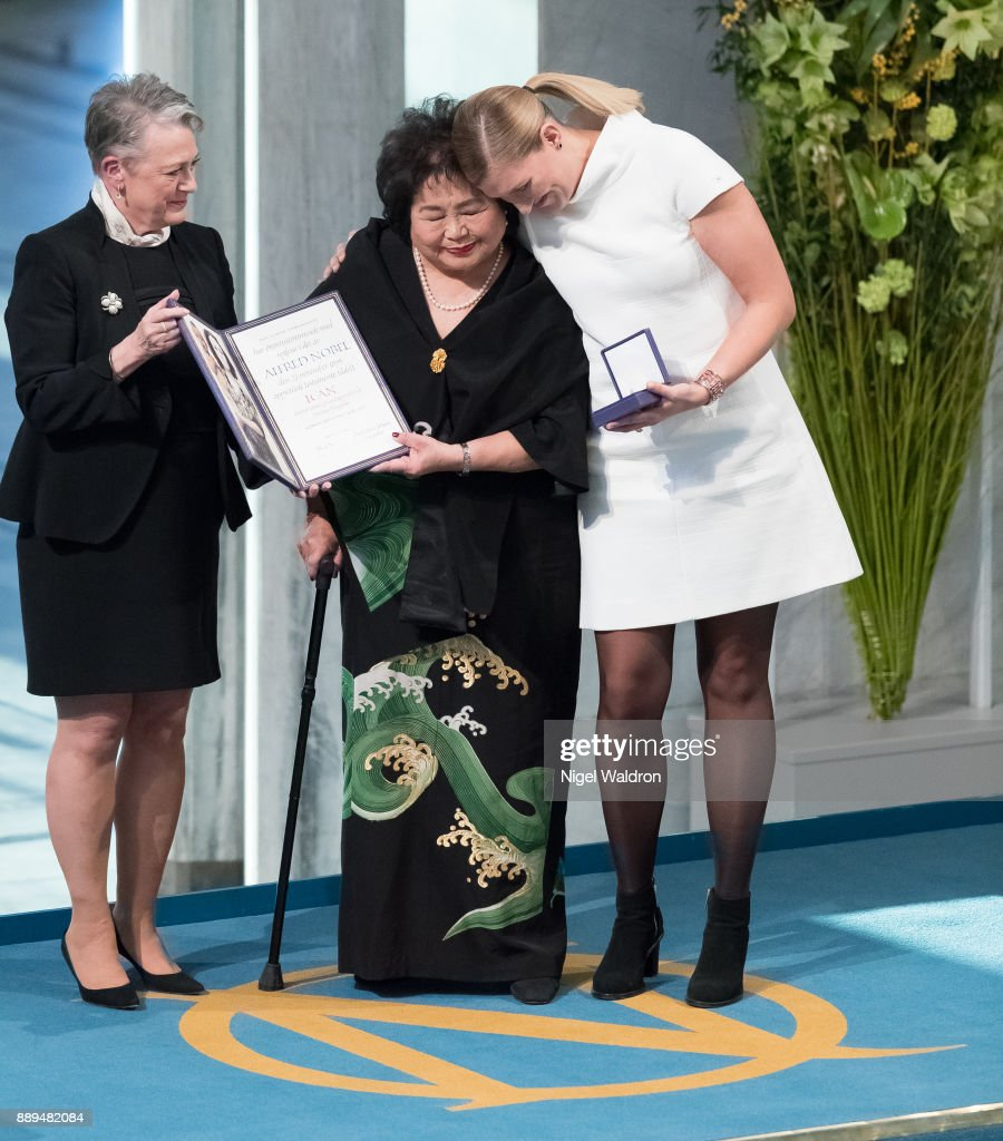 Setsuko Thurlow and Beatrice Fihn the Executive Director International Campaign to Abolish Nuclear Weapons (ICAN) receive the Nobel Peace Prize 2017 award from Berit Reiss-Andersen head Nobel Committee of Norway during the Nobel Peace Prize ceremony at the Oslo City Hall on December 10, 2017 in Oslo, Norway.