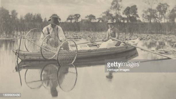 Setting the Bow-Net, 1886. Artist Dr Peter Henry Emerson, Thomas Frederick Goodall. .
