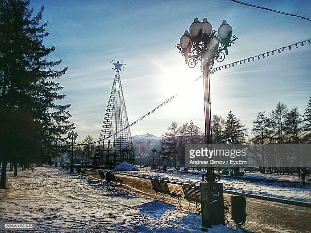 Setting Up Of Christmas Tree Structure During Winter