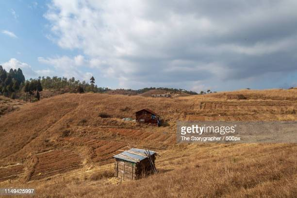 settlements high in the mountains - the storygrapher stock pictures, royalty-free photos & images