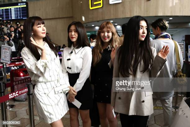 Seulgi Yeri Wendy and Irene of South Korean girl group Red Velvet departure to North Korea at Gimpo airport on March 31 2018 in Seoul South Korea...