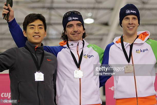 Seung-Hoon Lee of Korea in second place, Bob de Jong of The Netherlands in first place and Bob de Vries of The Netherlands in third place, take the...