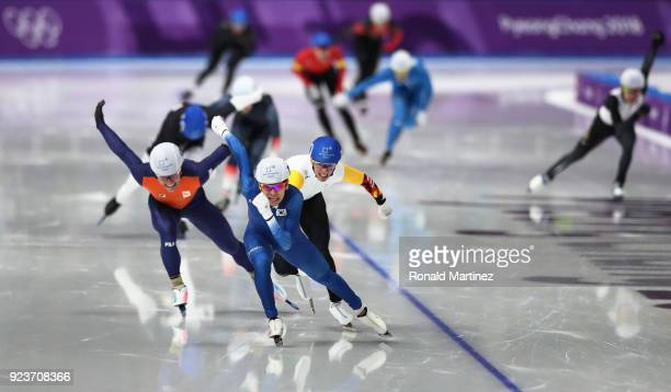 SeungHoon Lee of Korea races to the finish line ahead of Bart Swings of Belgium and Koen Verweij of Netherlands to win the gold medal during the...