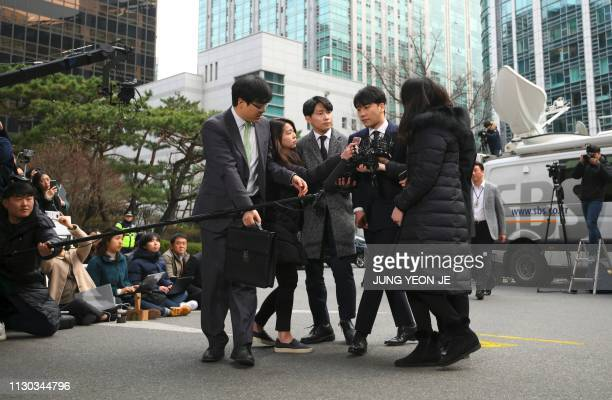 Seungri a member of the Kpop boy group BIGBANG arrives for questioning over criminal allegations at the Seoul Metropolitan Police Agency in Seoul on...