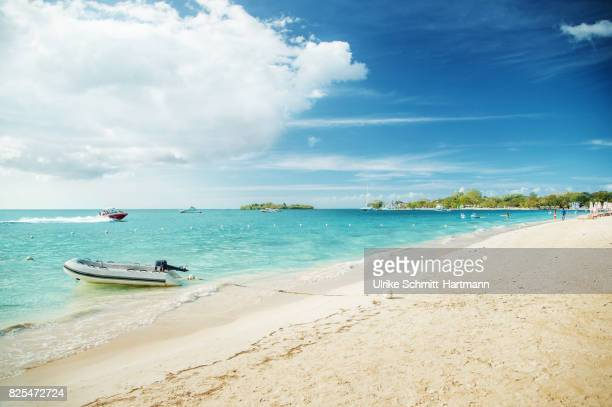 """seven mile beach"", negril, jamaica - jamaica stock pictures, royalty-free photos & images"