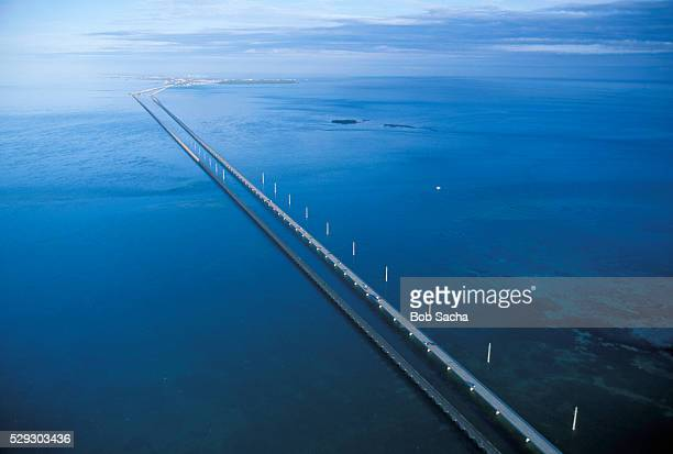 seven mile bridge - seven mile bridge stock pictures, royalty-free photos & images