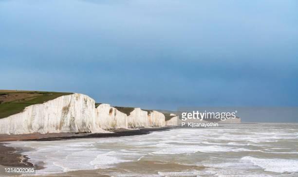 7人の姉妹の崖 - 炭酸石灰 ストックフォトと画像