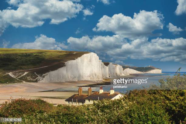 seven sisters country park tall white chalk cliffs, east sussex, uk - england stock pictures, royalty-free photos & images