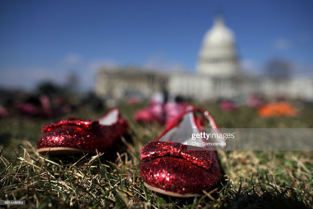Activists Display Thousands Of Shoes At U.S. Capitol Symbolizing Gun Violence Against Children : News Photo
