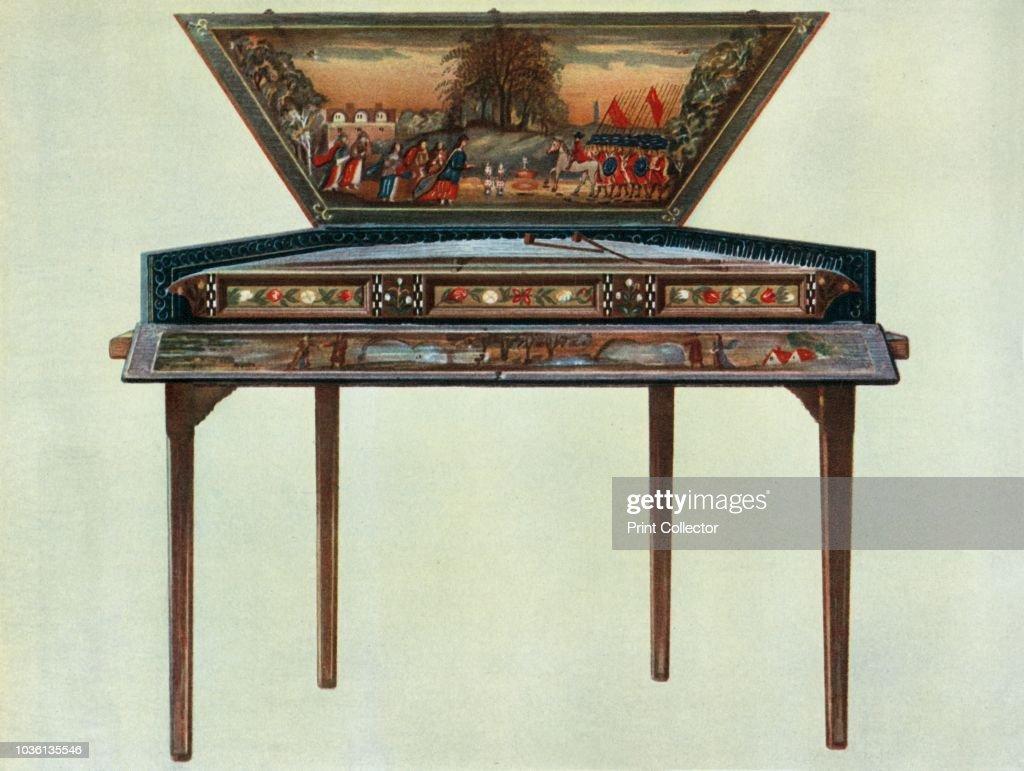 Seventeenth Century Dulcimer From H Boddingtons Collection 1 : ニュース写真