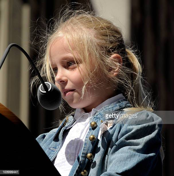 Sevenyearold Maya Michelle Podejma who lost her Uncle Lukasz Milewski on 9/11 reads the names of the victims during the annual 9/11 memorial service...