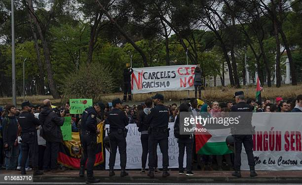 Several social groups protest opposite to the Immigrant detention centre in Aluche Madrid on October 19 2016 The protest because last night about 40...