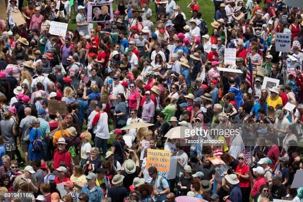 Truth Sends Foto e immagini stock   Getty Images
