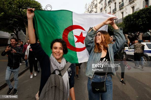Several thousand students are returning to Algiers in Algeria on March 05 2019 and in several cities in Algeria against the fifth candidacy of...
