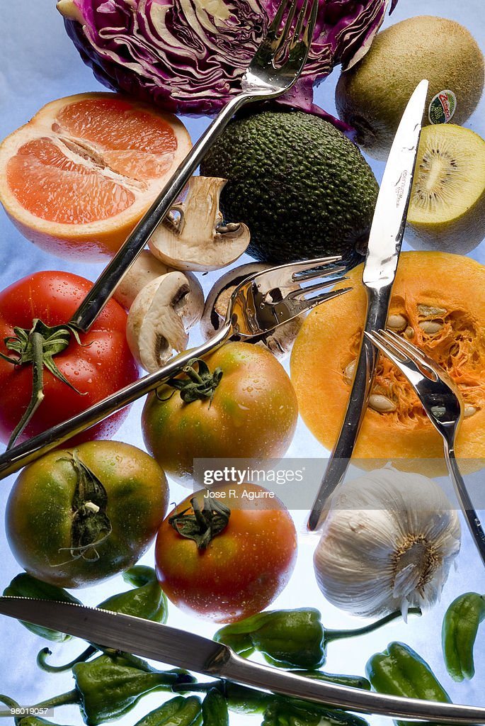 grapefruit, cabbage, peppers, tomatoes, avocados, squash