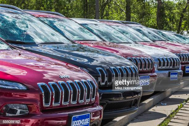 severe hail damage - hail damage car stock pictures, royalty-free photos & images