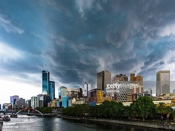 Severe summer storm threatens Melbourne city downtown