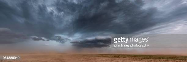 severe thunderstorm kicking up some dust over nw texas. usa - country texas lightning stock pictures, royalty-free photos & images