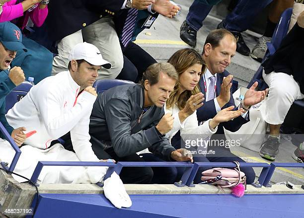 Severin Luthi Stefan Edberg coach of Roger Federer Mirka Federer his wife and Tony Godsick his agent react during the Men's Singles Final match on...