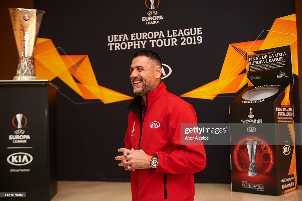 ESP: UEL Trophy Tour Driven by Kia Visits Seville - Day 1