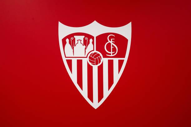 ESP: Sevilla FC Unveil New Signing Erik Lamela