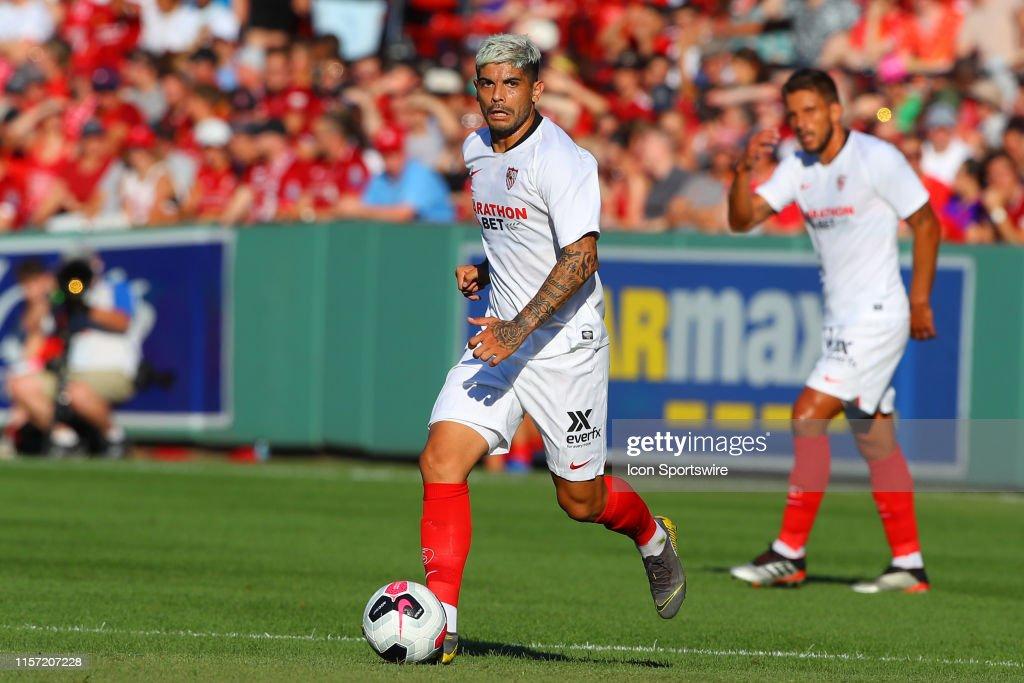 SOCCER: JUL 21 Liverpool FC v Sevilla FC : Nyhetsfoto