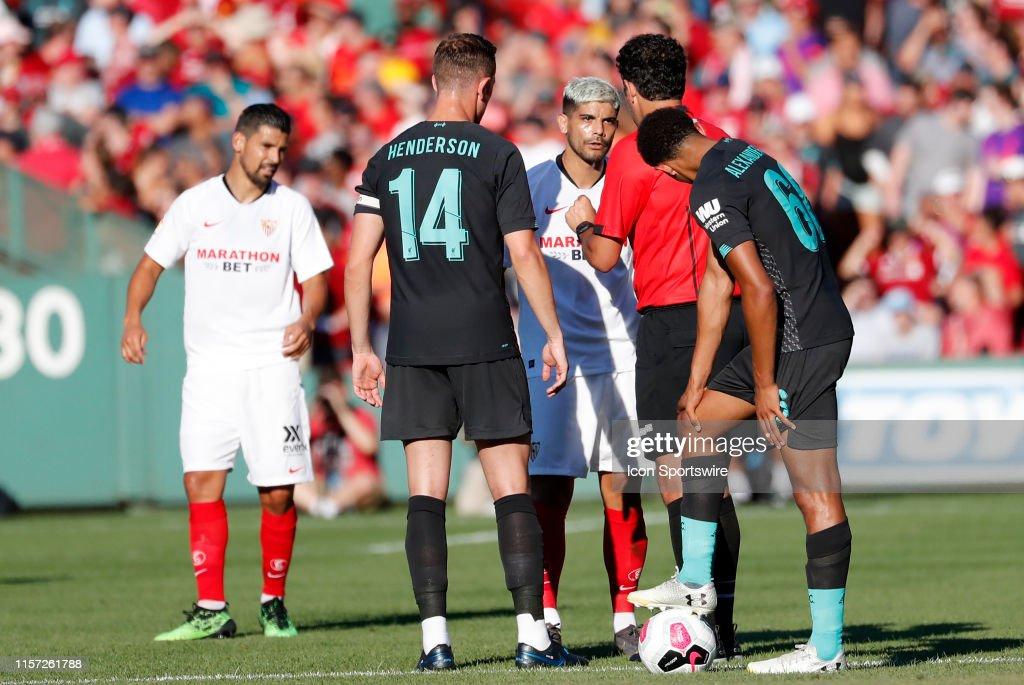 SOCCER: JUL 21 Liverpool v Sevilla : Fotografía de noticias