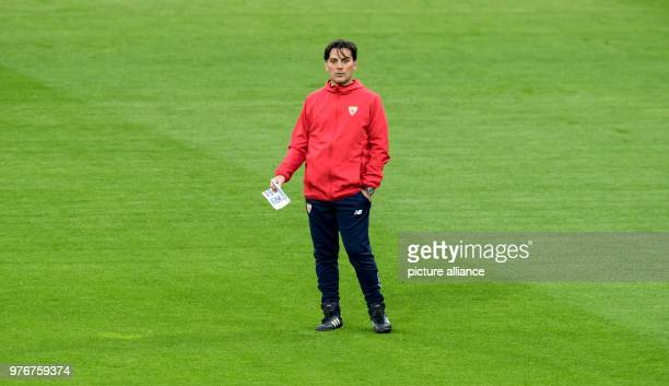 FC Sevilla's coach Vincenzo Montella during a training session ahead of the UEFA Champions League soccer match between FC Sevilla and FC Bayern...