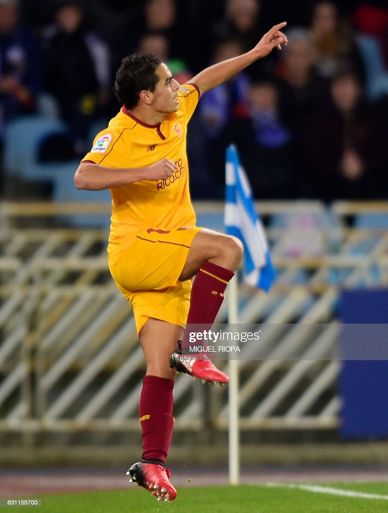 Sevilla's French forward Wissam Ben Yedder celebrates after scoring a goal during the Spanish league football match Real Sociedad vs Sevilla FC at the Anoeta stadium in San Sebastian on January 7, 2017. / AFP / MIGUEL