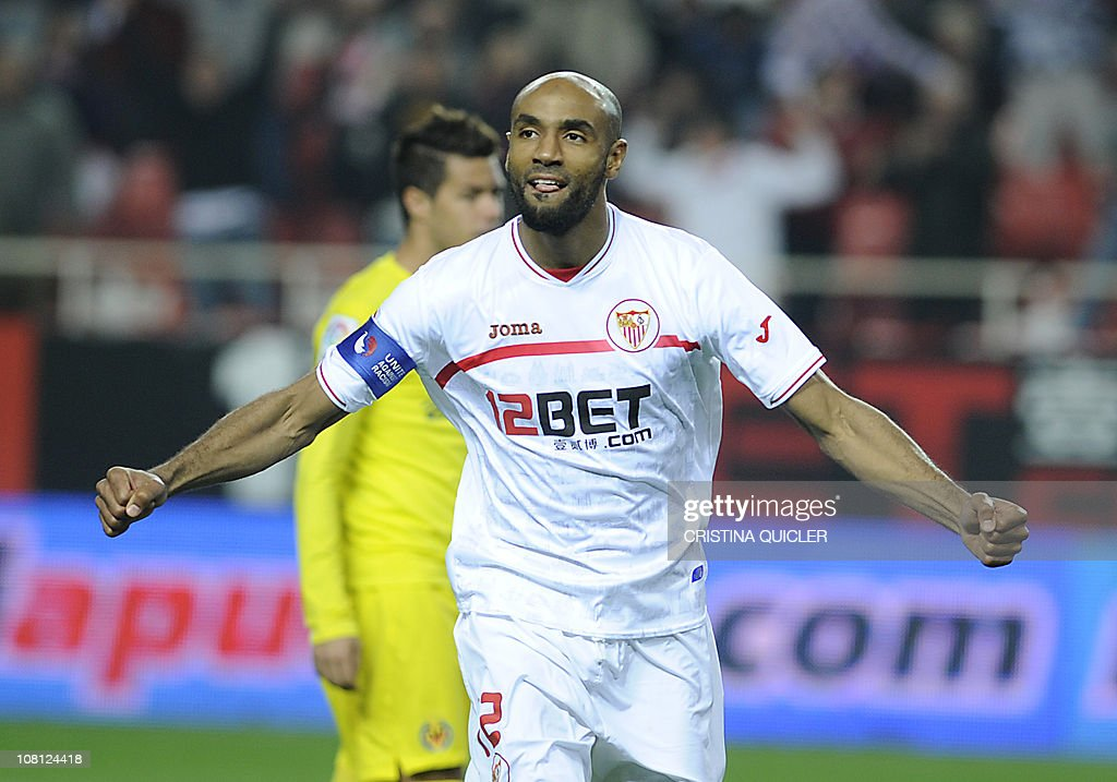 Sevilla's Malian forward Frederic Kanoute celebrates after scoring during a Spanish King's Cup football match against Villareal at Sanchez Pizjuan stadium in Seville, on January 18, 2011.