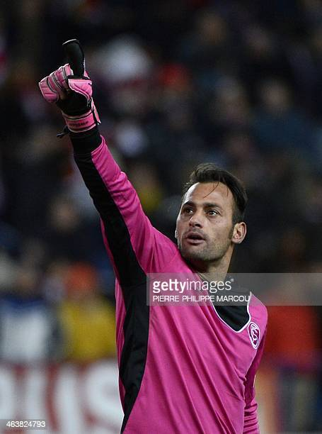 Sevilla's Portuguese goalkeeper Beto gestures during the Spanish league football match Club Atletico de Madrid vs Sevilla FC at the Vicente Calderon...