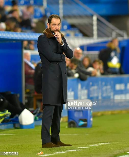 Sevilla's Spanish coach Pablo Machin looks on during the Spanish league football match Deportivo Alaves against Sevilla FC at the Mendizorroza...
