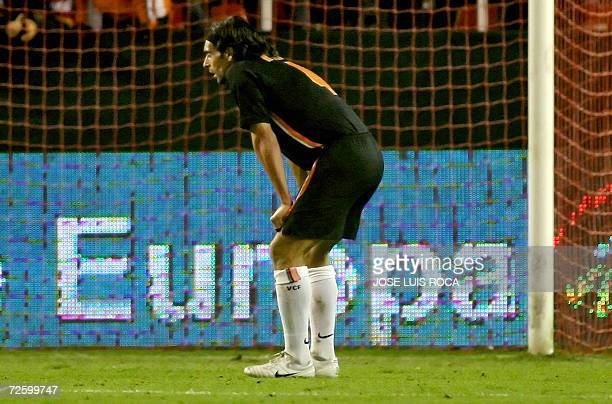 Valencia player Ayala is seen during their Spanish League match against Sevilla at Ramon Sanchez Pizjuan stadium in Seville 18 November 2006 AFP...