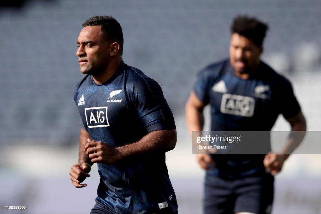 All Blacks Captains Run : News Photo