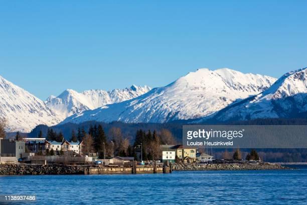 seward, alaska in winter - golfo do alasca imagens e fotografias de stock