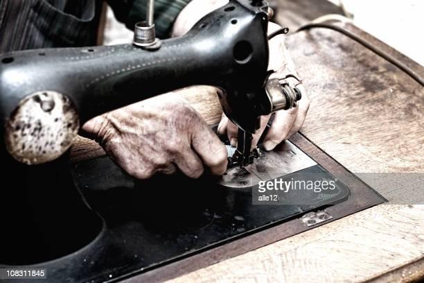 Couture de mains