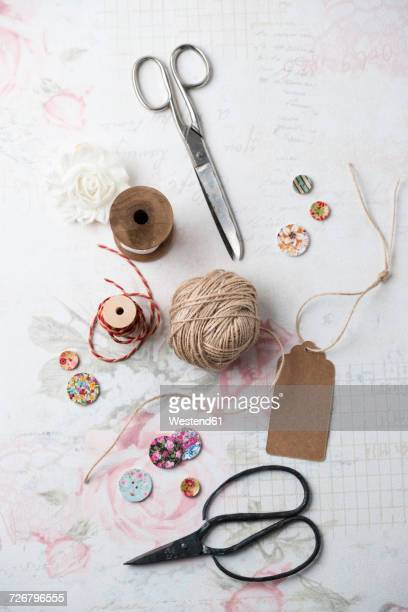 Sewing kit with yarn and scissors